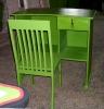 birou-scaun-magazin-spatiu-comercial-masiv-brad-vopsit-verde-pozitia-2